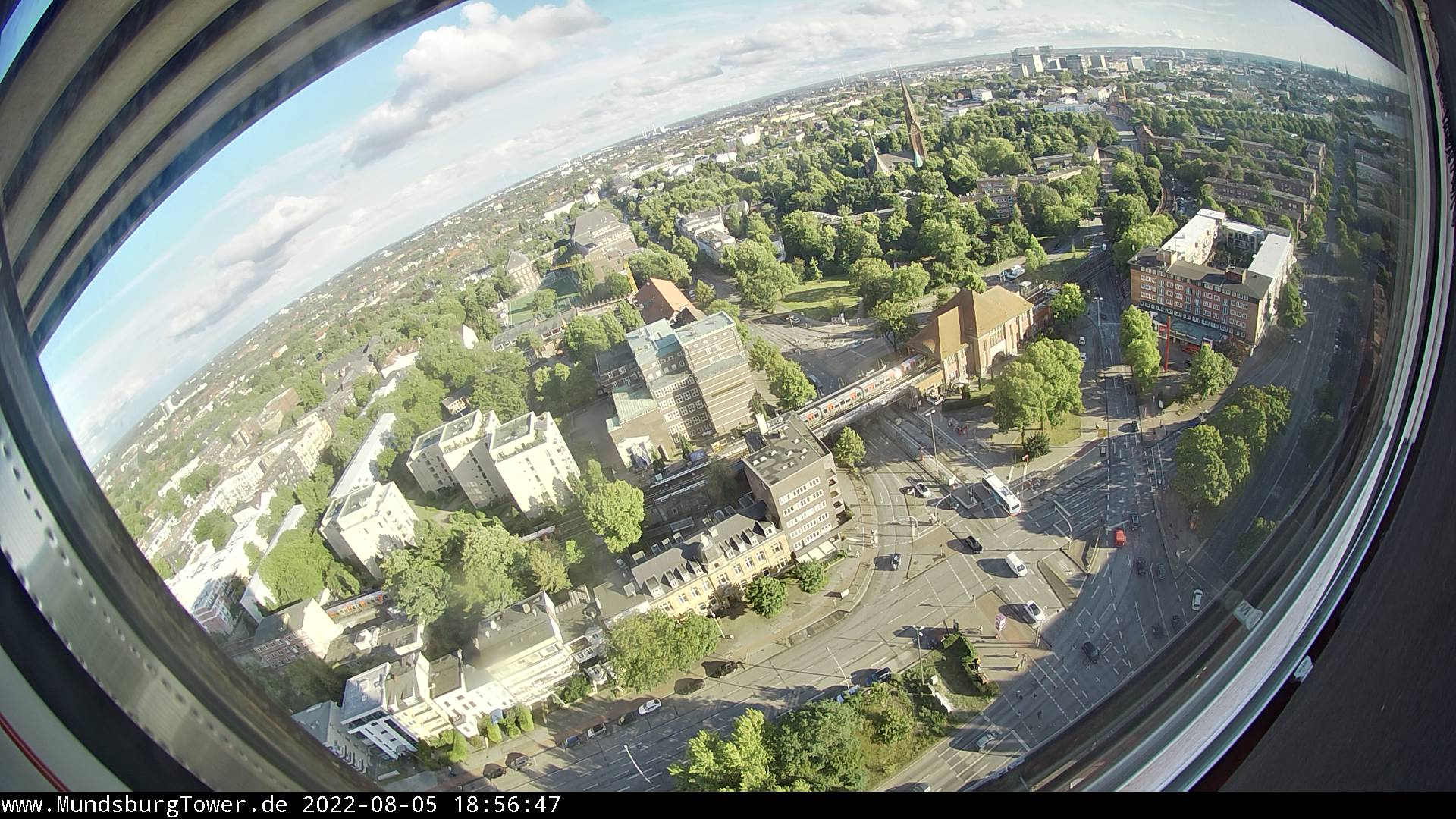 Hamburg webcam - Mundsburg Tower webcam, Hamburg, Hamburg